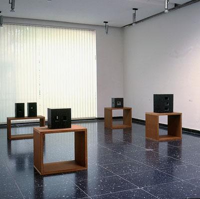 Ausstellungsansicht Arbeiten im Kabinett, Kunsthalle Wilhelmshaven, 1998