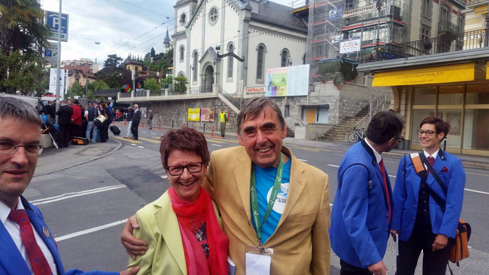Fahnengotte Rita Ineichen und Toni alias 'Die Eule'