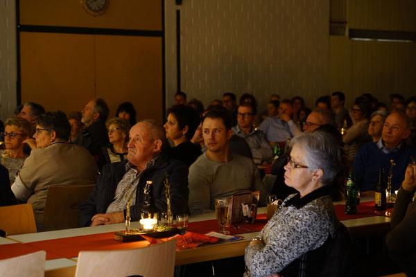 Konzentriertes Publikum
