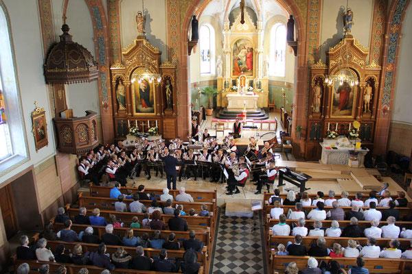 MG Römerswil in der gut besuchten Kirche