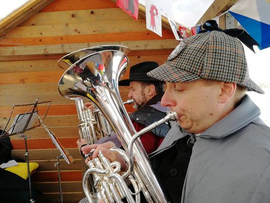 Benno auf dem Bariton und Sepp auf dem Bass