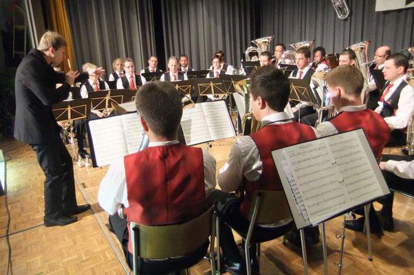 MG Römerswil bei der Konzert-Eröffnung