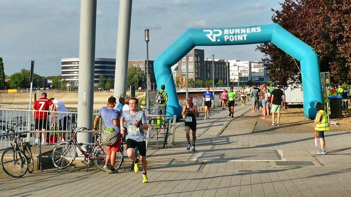 Innenhafenlauf Duisburg 2018 10km Lars Ulrik Wagner