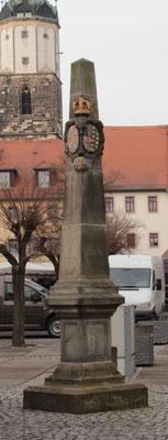 Distanzsäule Neustadt/ Orla, Markt