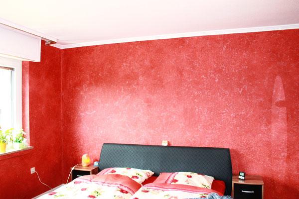 dieselbe La Casa Technik mit roten Farbpigmenten
