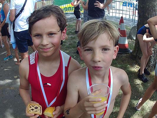 3.6.18 - Jason Ruhe und Ben Schädler nach dem swim & run in Lustenau