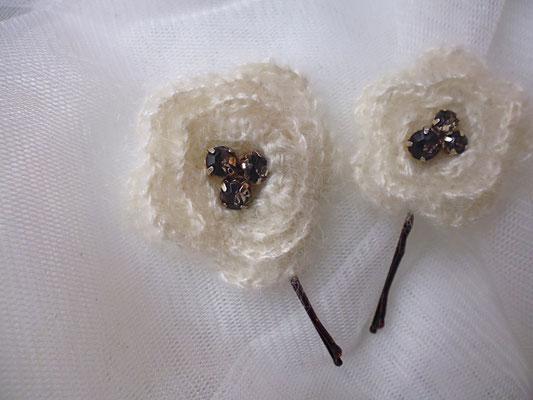 Häkelblumen creme Brautschmuck