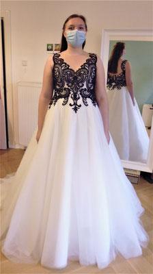 Braut in Schwarz