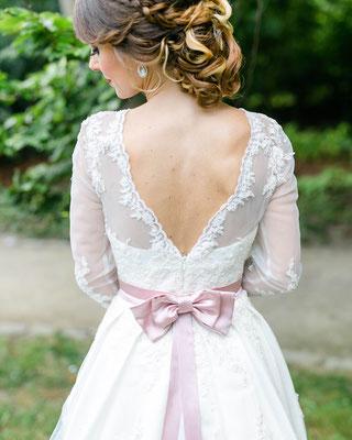 Brautgürtel mit rosa Schleife