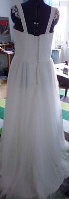 Brautkleid mit Glitzerträger