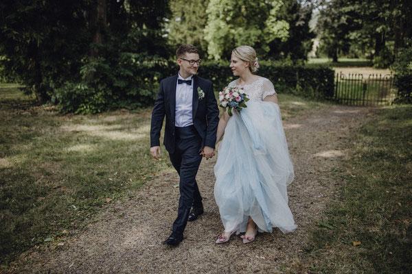 Brautkleid in hellblau