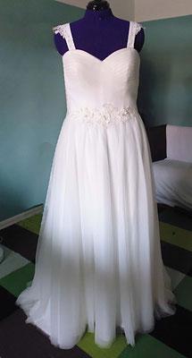 Brautkleid mit Träger Strass