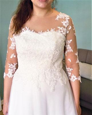Brautkleid mit Tattoospitze