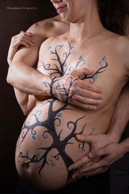 Bellypainting Tree, Fotos by Carolin Mand Mandala Fotografie, Models Jan und Claudia