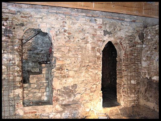 Rifacimento muro della chiesa: stato precedente