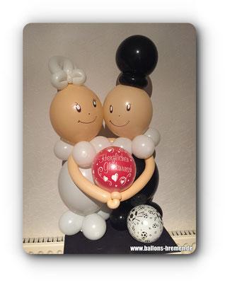Brautpaar aus Ballons