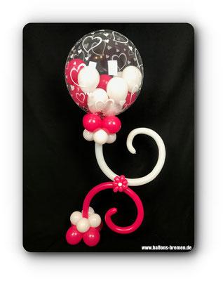 Gefüllte Ballons ins Ballon mit Luftballonblume