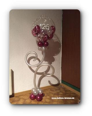 Geschwungenes Ballongeschenk zur Hochzeit