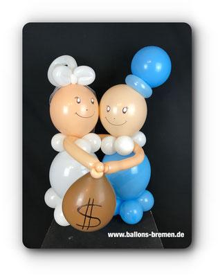 Brautpaar aus Luftballons in blau und weiß
