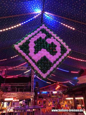 Logo Werder Bremen in voller Größe auf dem Freimarkt Bremen