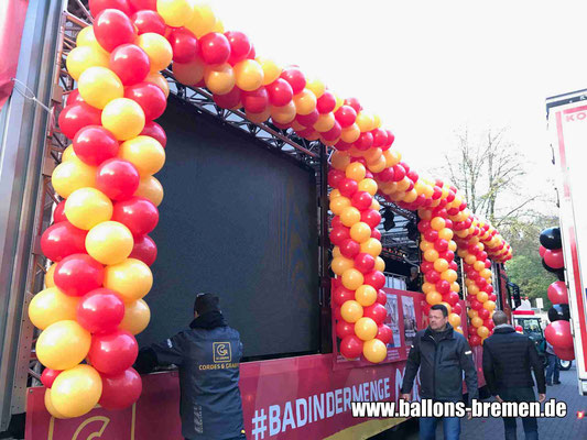 Freimarktsumzug 2018 - viele Luftballons am LKW