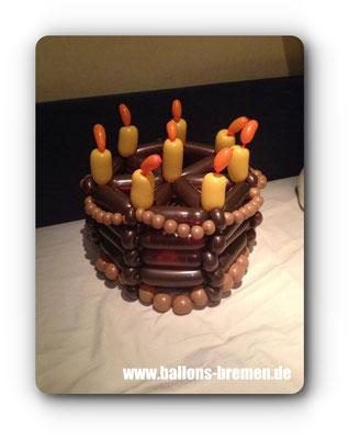 Geburtstagstorte aus Luftballons