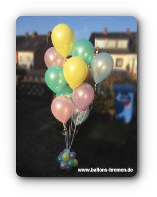 Luftballons mit Helium in pastell
