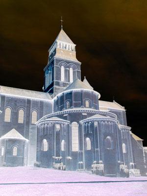 """"""" Chevet Abbaye de Fontevraud """"  cliché réalisé  par  Dominique"""