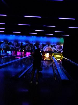 """"""" Bowling nocturne """"  cliché réalisé  par  Laurent"""