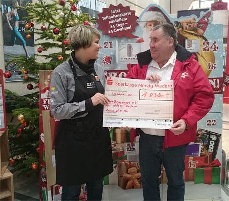 Großer Erfolg mit Weihnachtsstollenverkauf im HACO ErlebnisEinkaufsZentrum!