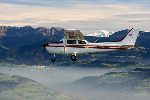 Flugzeug beim Rundflug