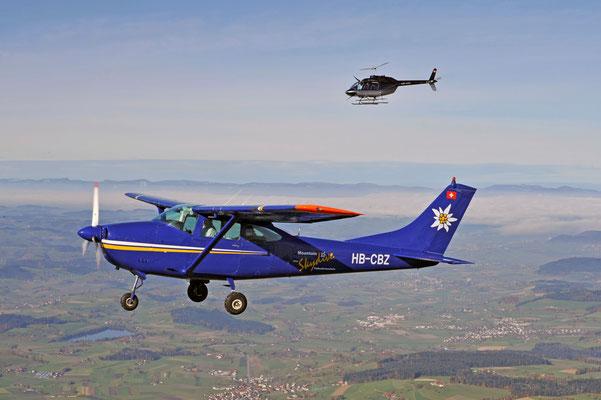 Alpenrundflug Flugzeug und Helikopter