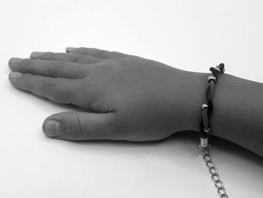 Atelier Passions Indigo : Bracelet cuir PERLINETTE Fillette