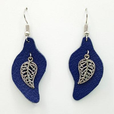 Atelier Passions Indigo : Boucles d'oreilles cuir pendantes FEUILLES