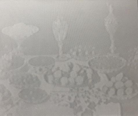 "Michael Faust, ""Still Life - Videostill"" 3/8 (1992), s/w-Fotografie auf Alu-Dibond, 50x60 cm"