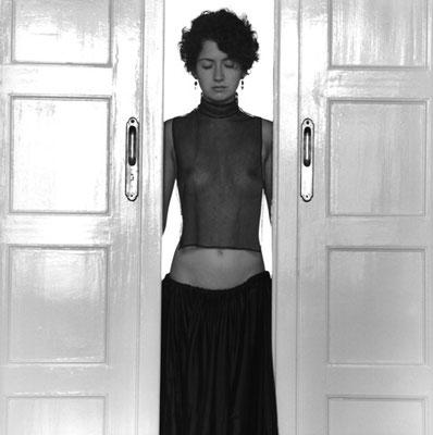 """Brigitte Tast, """"Tage wie die endlos schwarze See..."""" 40, Fotografie, 40x40 cm"""
