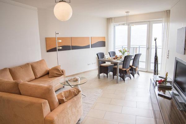 Strandpalais Duhnen Ferienwohnung Nr 20, der großzügige Wohn- und Essbereich