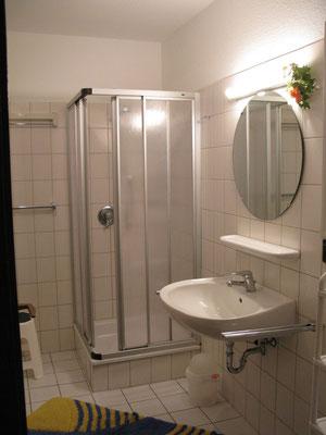 Das Badezimmer der Ferienwohnung Nr.50 Residenz Meeresbrandung