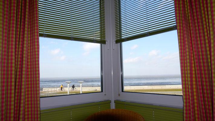 Der Meerblick aus dem Schlafzimmer der Ferienwohnung Nr. 19