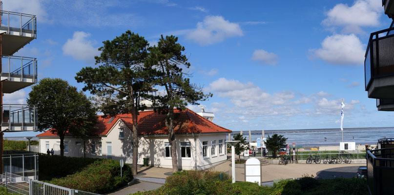 Der Meerblick vom Balkon der Ferienwohnung Nr. 22 in der Residenz Meeresbrandung