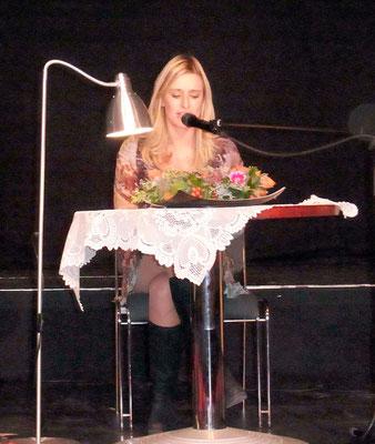 Weg der Einsicht - Buchtaufe - 2.10.15 - Stefanie Hertel liest