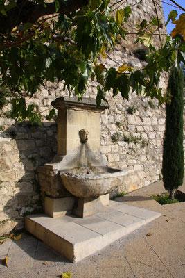 Bild: Fontaine font dou Lavadou, Pernes les Fontaines