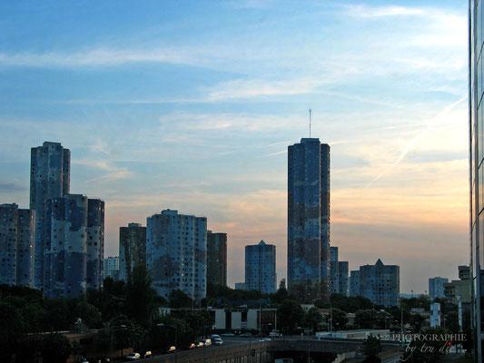 Bild: Wolkenkratzer im Viertel La Défense