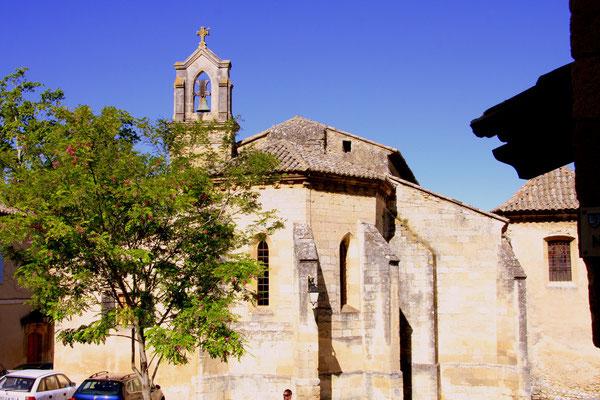 Bild: Pfarrkirche aus dem 12. Jh., Robion