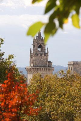 Bild: Uhrturm, Avignon