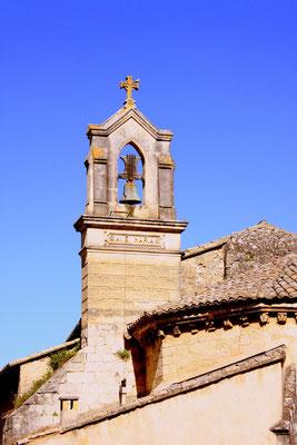 Bild: Glockenturm der Pfarrkirche, Robion