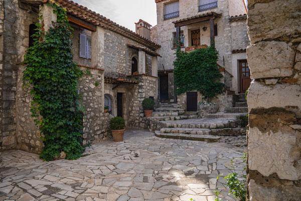 Bild: Gourdon im Département Alpes Maritimes in der Provence
