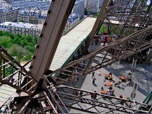 Bild: Eiffelturm Paris die Konstruktion des Eiffelturm