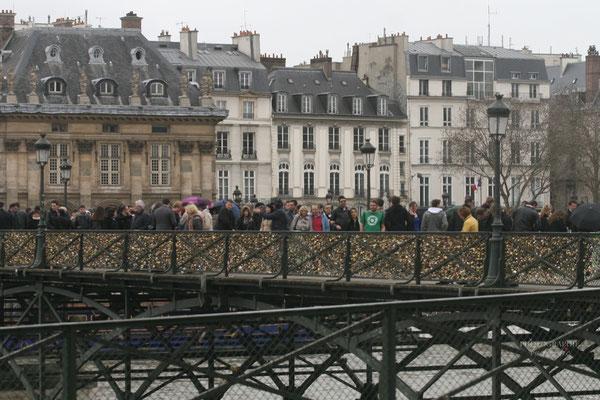 Bild: Pont des Artes im Jahre 2013 in Paris