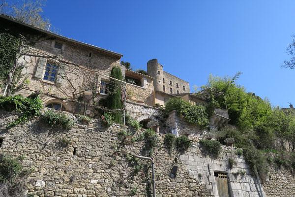 Bild: Blick auf die Citadelle von Ménerbes, Luberon,